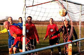 Photo: 21/02/09 v Wootton Bassett Town (Hell1W) 0-3 - contributed by Paul Roth