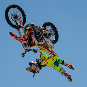 World upside down by José Borges - Sports & Fitness Motorsports ( rider, motocross, volvooceanrace, fmx, motorcycle,  )