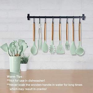 Set 13 ustensile de gatit din silicon, maner rezistent din bambus
