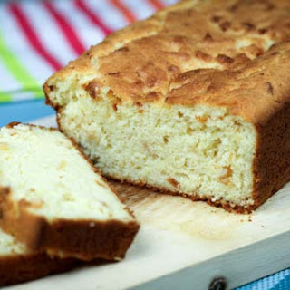 Almond Flour Cheese Bread