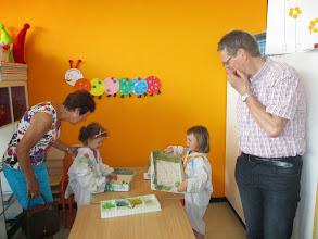 Photo: kinderen demonstreren de technieken