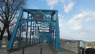 Photo: going onto the Walnut Street Pedestrian Bridge - the longest pedestrian bridge in the world