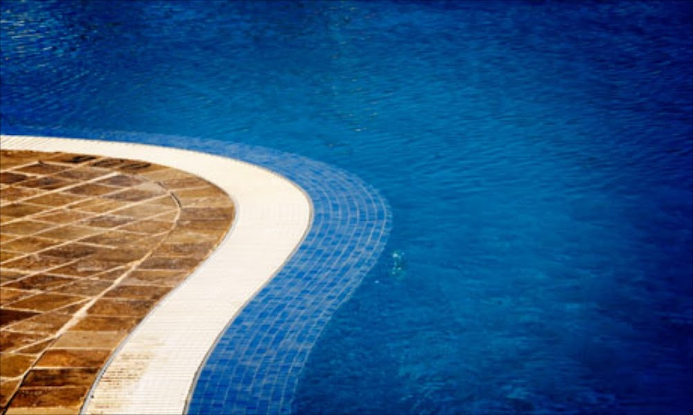 Pools lose sparkle for home buyers