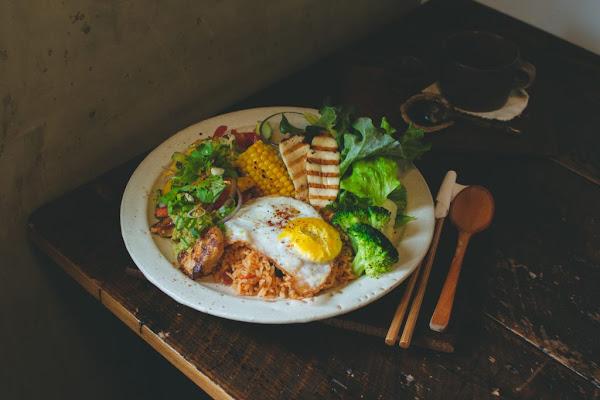 裏葉 巷弄裡的療癒森林料理