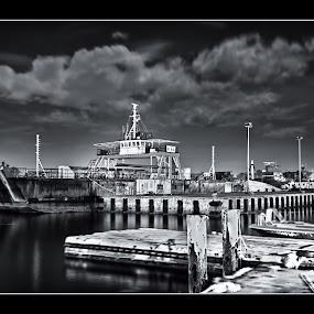 Last Night At The Jetty by Danial Abdullah - Transportation Boats ( night, lang exp, boat, slow shutter, labuan )