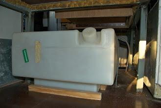 Photo: Frischwassertank im vorderen Drittel