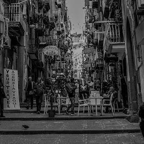 Street by Nil Jay - Black & White Street & Candid (  )