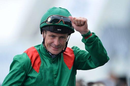 Jockey irlandés Pat Smullen muere de cáncer a los 43 años