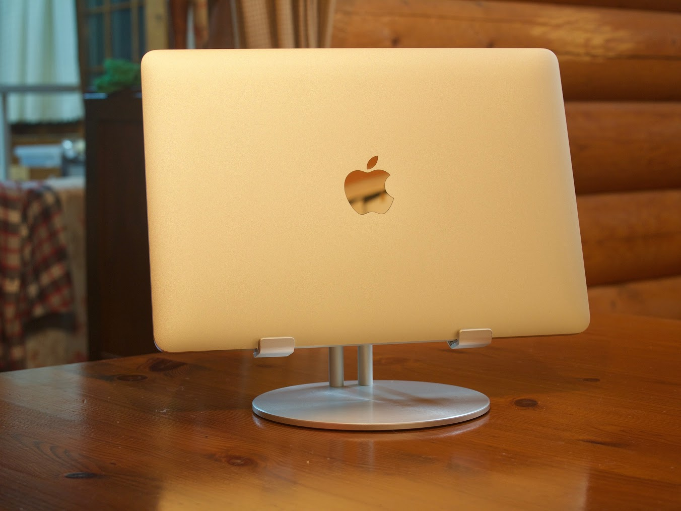 MacBook (Early 2016)