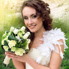 Wedding photographer Anastasiya Koneva (NASYA). Photo of 06.05.2013