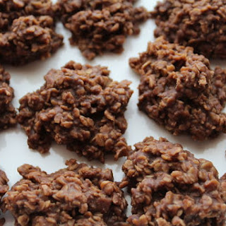 Sugar-Free Chocolate Oat Cookies