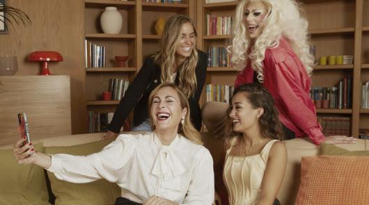 Zalando organiza una 'terapia' con María Pombo y Ana Milán
