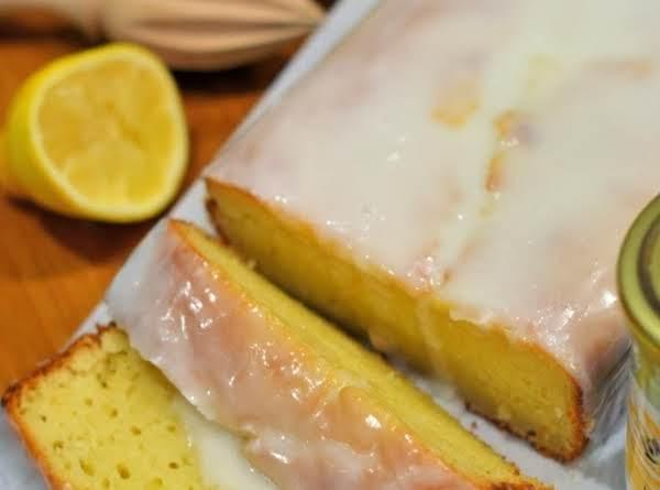Lemon Yogurt Pound Cake Recipe