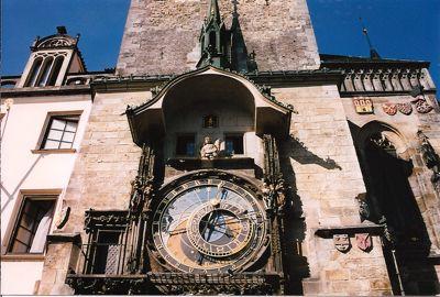 Photo Vieille ville et horloge astronomique