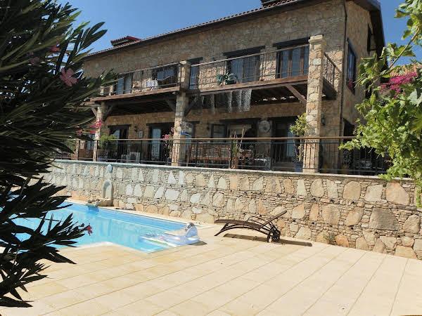 Villa Jasminum Bed & Breakfast