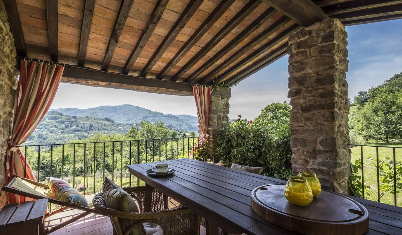 Villa avec jardin et terrasse Pescia