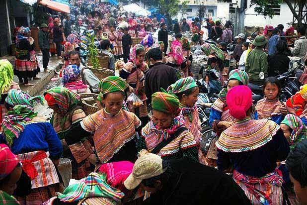 Bac Ha ethnic market