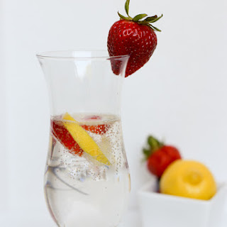 Fizzy Strawberry Infused Lemonade
