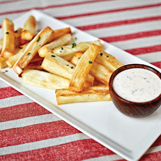 Yuca Baked Fries with Cilantro Dipping Sauce