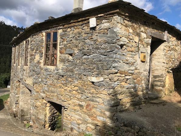 Casa De Piedra En Venta Asturias A 26 Kms Playas De Las Catedrales