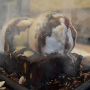 Kobe Special Sizzling Brownie