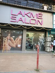 Lakme Salon photo 1