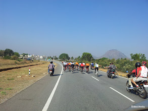 Photo: Peloton mainly contained riders from SKCT, Naesar, TrekFF, TeamWheelsports and one rider each from Spectrum racing(Dev Veera), BOTs(Craig), Procycle(Jehaan Panjuali) and Sarvesh(No team)..