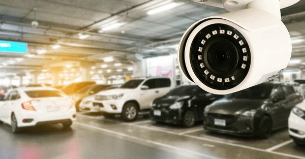 دوربین مدار بسته در پارکینگ