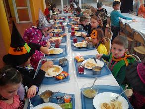 Photo: Strašidielka na obede.