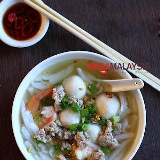 Rice Noodle Soup (Bee Thai Bak).