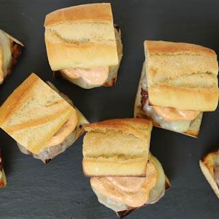 Cheesy Grilled Garlic Bread Burgers Recipe