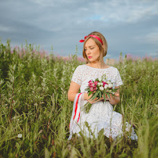 Wedding photographer Olya Vodolazhnaya (Dronova). Photo of 03.07.2015