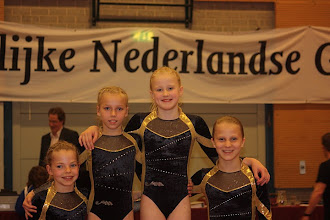 Photo: v.l.n.r.: Indy, Jill, Chantal, Eline 1/2 finale wedstrijd Volendam