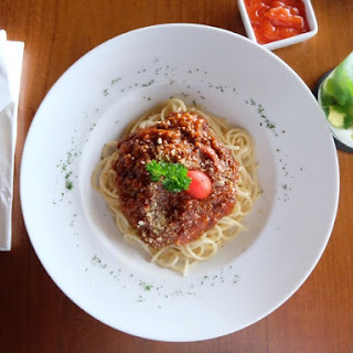 Spaghetti with Spicy Italian Turkey Meat Sauce
