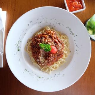 Spaghetti with Spicy Italian Turkey Meat Sauce.
