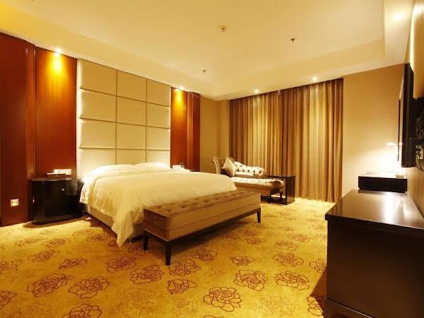 Shenzhen Starshine Hotel-buji Branch