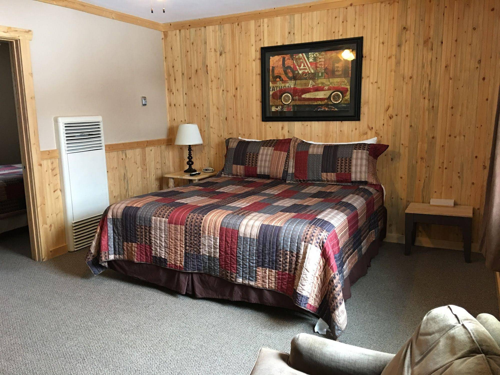 The Red Lodge Inn