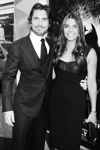 Photo: http://www.vogue.com/parties/world-premiere-of-the-dark-knight-rises/