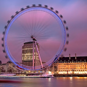 London Eye by Grzegorz Gluchy - City,  Street & Park  City Parks ( lights, london, cuty, night )