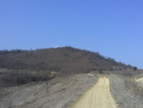 Photo: Útban a 11,4 km fordító felé 5,5 km(háttérben a Hármas kereszthez vezető emelkedő)