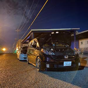 ステップワゴン RG1 スパーダのカスタム事例画像 隣のたむたむさんの2020年09月12日01:52の投稿