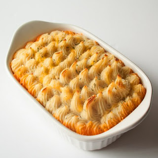 Hamburger Pie Casserole Recipe with Creamy Roasted Garlic Mashed Potatoes