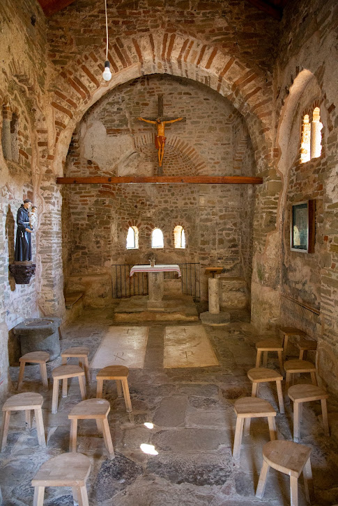 Kościół św. Antoniego, Kisha e Shën Ndout