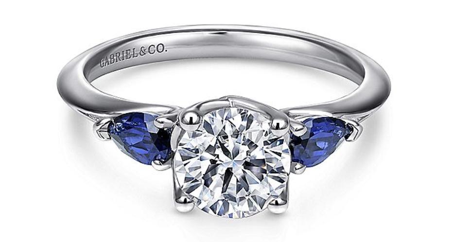 white gold round sapphire & diamond ring