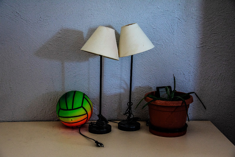 due lampade di Zerosedici