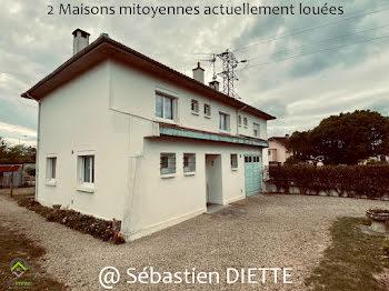 villa à Saint-Pierre-du-Mont (40)