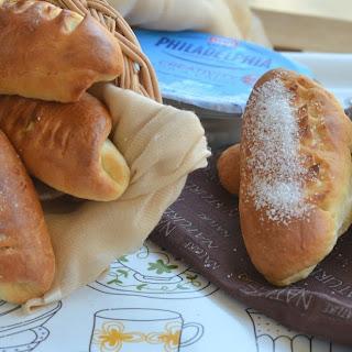 Petit Pain au lait (French Milk rolls).