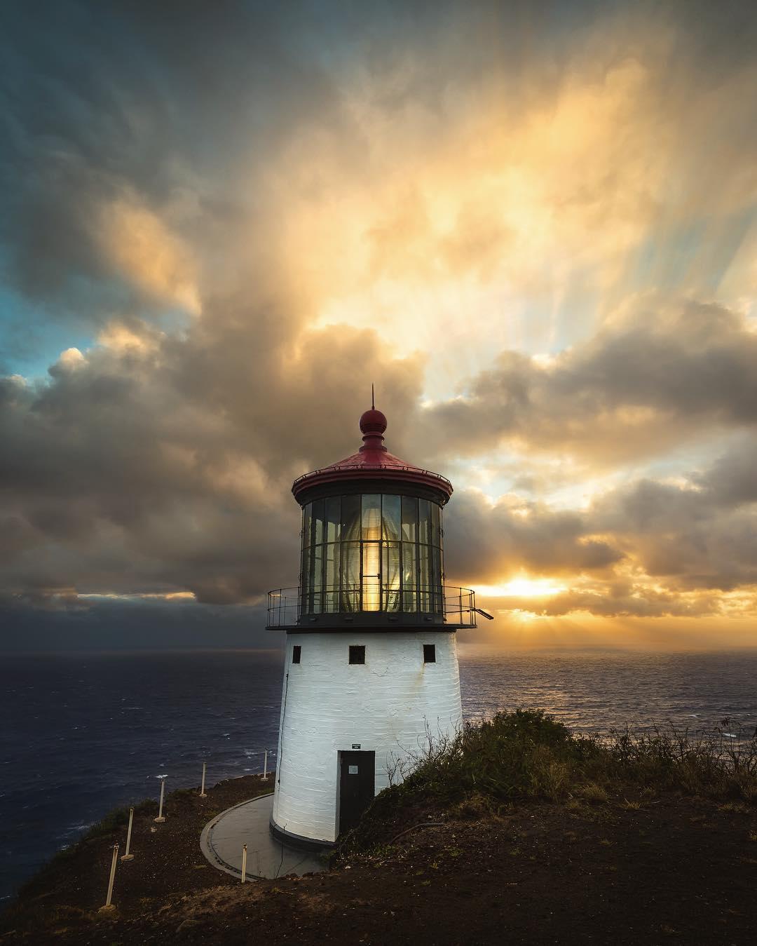 Makapu'u Lighthouse Viewpoint - #14 on the 15 Best Hikes on Oahu