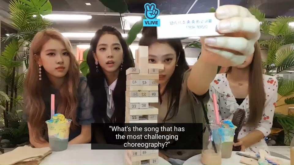 BLACKPINK Playing 'Jenga' game[Eng Sub] 15-55 screenshot