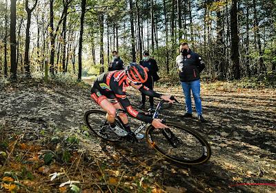 """Mettepenningen kan leven met beslissing UCI: """"UCI Sports Director Peter Van den Abeele levert zeer goed werk"""""""